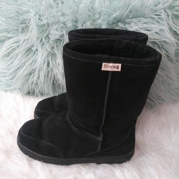 BearPaw ladies size 9 black sheepskin lining boots